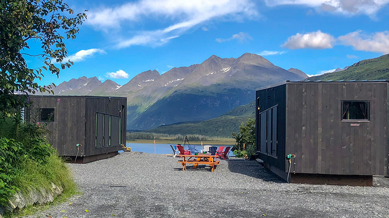 smart modern houses with tech in Alaska
